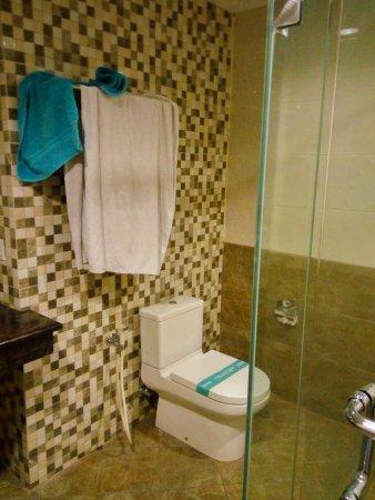 Grage Ramayana Hotel: IMG_20170415_202315_HDR_large.jpg