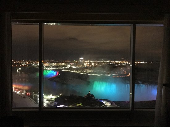 Niagara Falls Marriott Fallsview Hotel & Spa: photo1.jpg