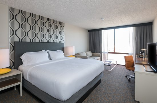 Fort Smith, AR: King Room