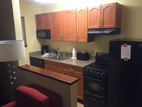 Englewood, CO: Kitchen in the suite
