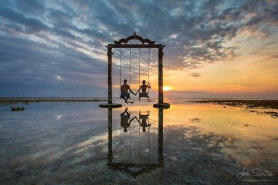 famous sunset on pandawa s swings picture of pandawa beach villas rh tripadvisor co za