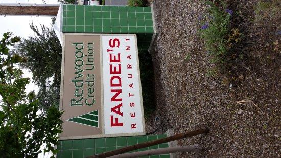 Sebastopol, CA: Fandee's
