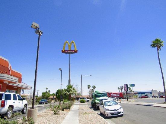 El Centro, CA: Side street