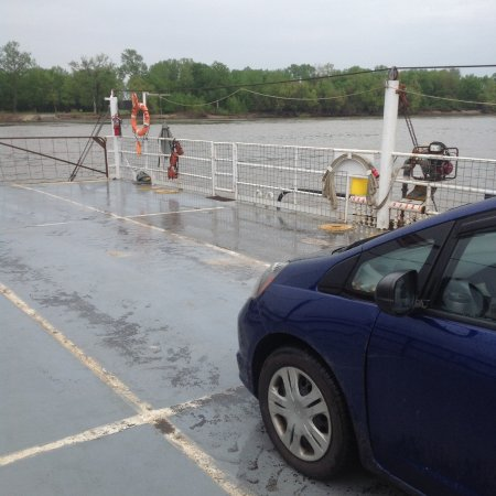Sainte Genevieve, MO: My little Honda in the middle of the Mississippi