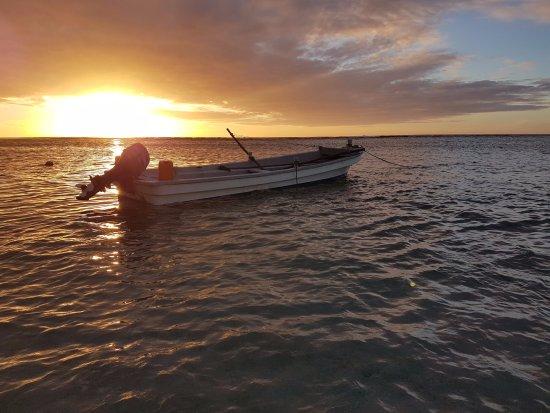 Tongatapu Island, Tonga: Beautiful sunsets.