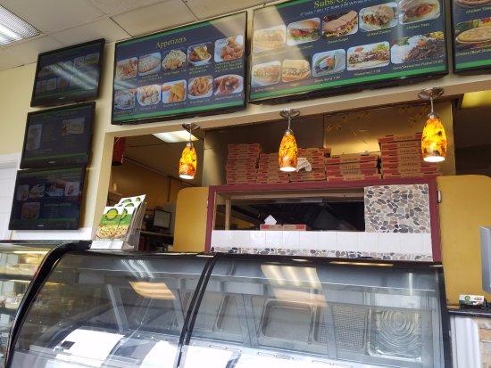 Springfield, VA: Pizza & Gyro inside