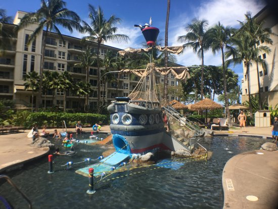 The Westin Kaanapali Ocean Resort Villas : Pirate ship pool (we were there ALL day!)