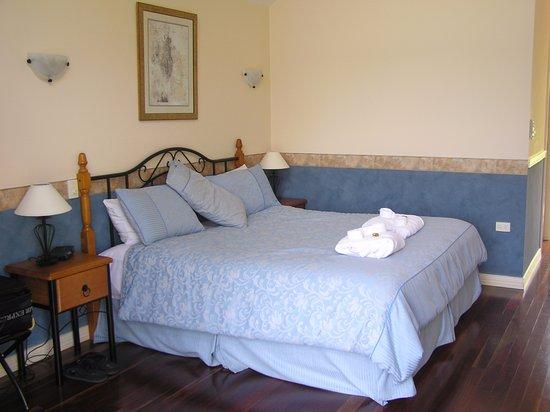North Tamborine, Australia: Un King Bed super confortable. La literie est un TOP !