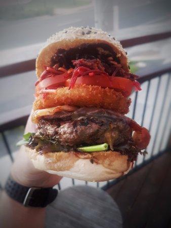 แกลดสโตน, ออสเตรเลีย: Great Aussie Burger