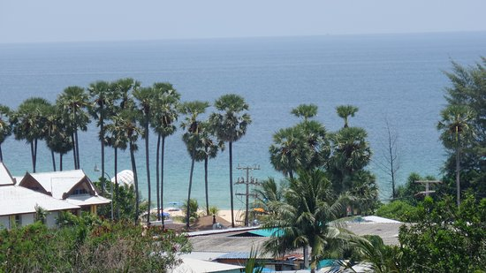 Movenpick Resort & Spa Karon Beach Phuket Photo