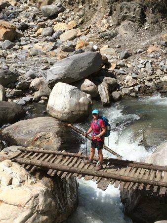Kathmandu Valley, Νεπάλ: High tech bridge
