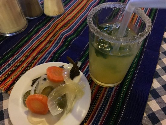 Wiener: Mojito and spicy pickles