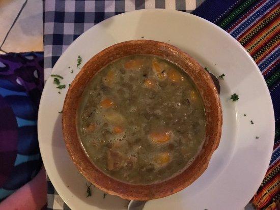 Wiener: Lentil soup