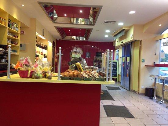 patisserie la cerise sur le gateau, thonon-les-bains - restaurant