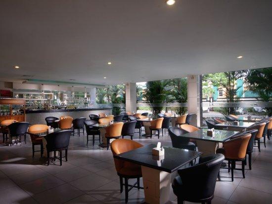 aj brandon restaurant in the fm7 resort hotel jakarta updated rh tripadvisor co uk