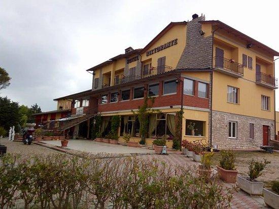 Lisciano Niccone, Italy: Hotel_visione dall'esterno