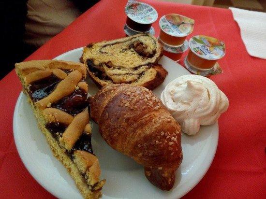 Lisciano Niccone, إيطاليا: Colazione a Buffet