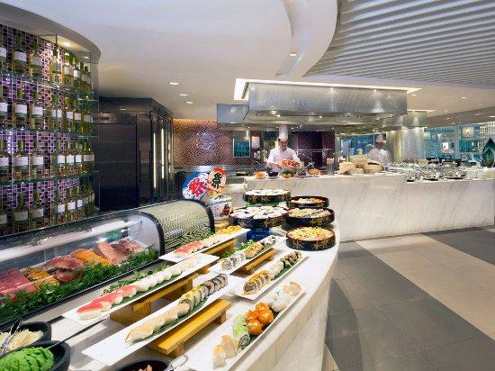 Royal Pacific Hotel Hong Kong Cafe On The Park