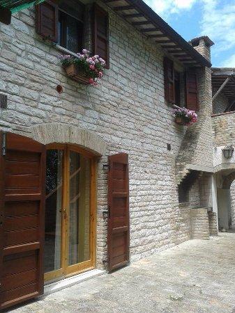 Cagli, Italy: forno a legna