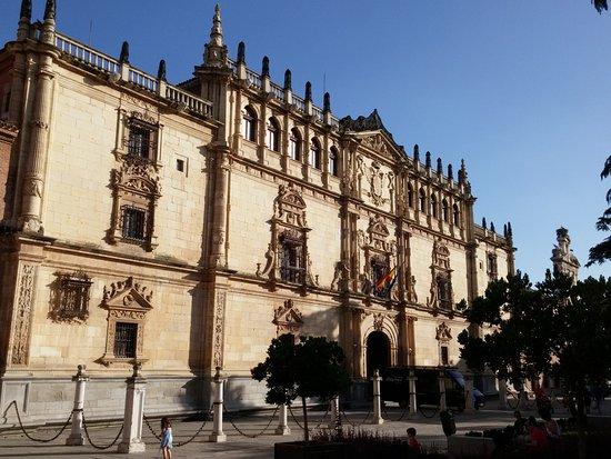 Fachada picture of universidad de alcala alcala de - Cristalerias alcala de henares ...