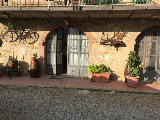 """Castelnuovo Berardenga, Italia: Ingresso appartamento """"del nonno """""""