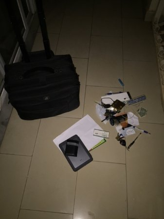 The Aknac Hotel: My personal items found in balony where thieves took their time to search an steal