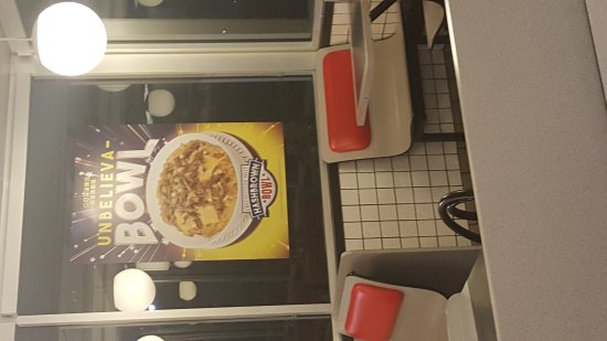 Kingsland, GA: Waffle House