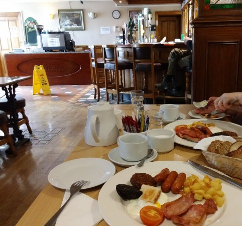Portumna, Ireland: full breakfast avec chips ou haricots au choix