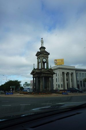 Invercargill, New Zealand: The monument.