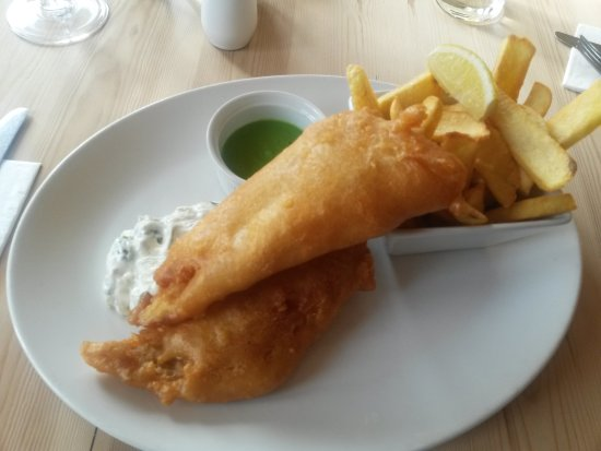 Hunston, UK: Fish and Chips