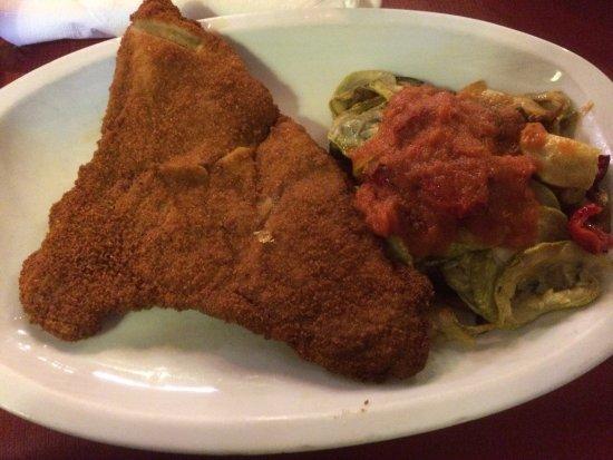 Celler Sa Sini: Das Essen schmeckte, das Fleisch war zart, das tumbet echt lecker. Obwohl wir nicht reserviert h