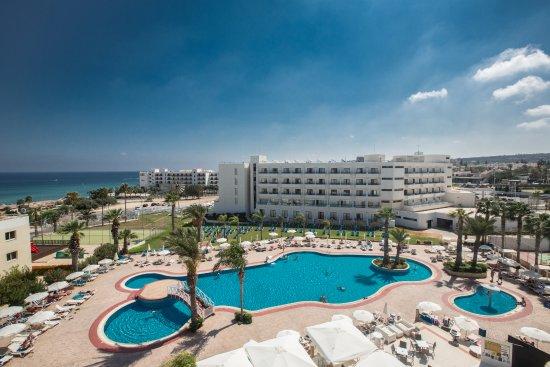 Tsokkos Beach Hotel