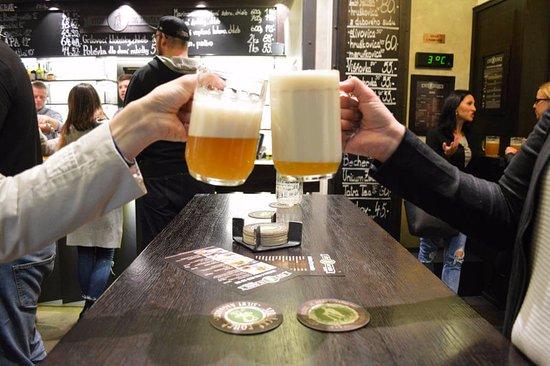 Brno, Çek Cumhuriyeti: Tasting Beer!
