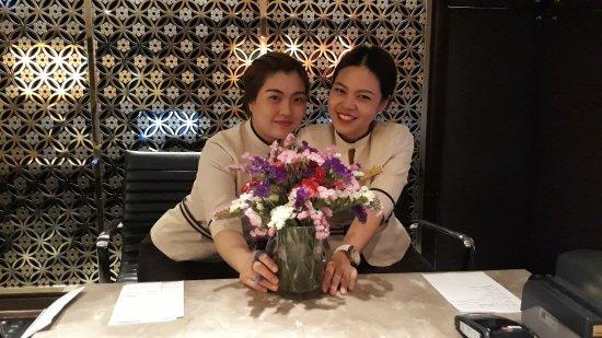 Shangri-La Hotel,Bangkok: 20170428_183632(0)_large.jpg