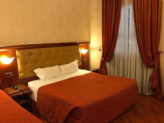 Serena Hotel : photo0.jpg