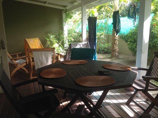 Residence Praslinoise: Terrass exterieure