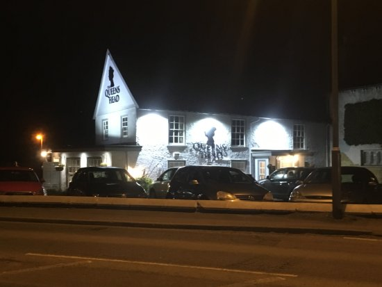 Harston's Local Pub/Bar and Authentic Thai cuisine