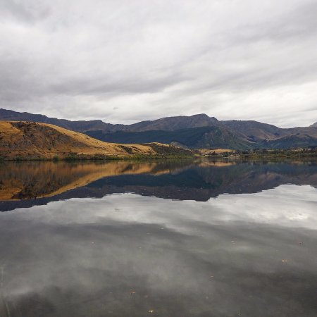 Arrowtown, Nueva Zelanda: perfect reflection from the lake