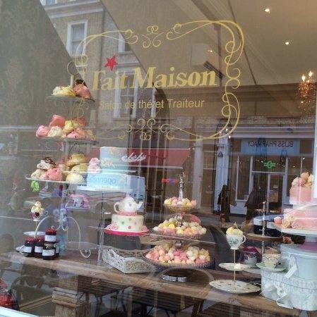 Salon de th 144 gloucester road picture of fait maison for Maison london