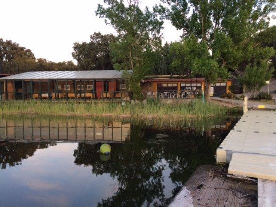 El Escorial, Spanien: Vista restaurante desde embarcadero