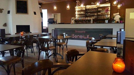 La Roche-en-Ardenne, Belgique : Gezellig tafelen