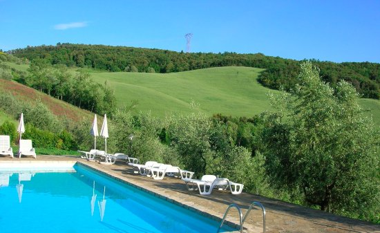 Montaione, İtalya: The swimming pool of Agriturismo Le Capanne