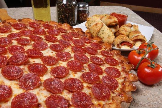Chardon, OH: Zeppe's Pizzeria