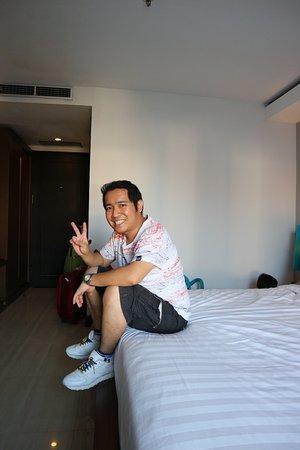 Royal Singosari Kuta: 22 April 2017 Foto saya di dalam kamar 315 :)