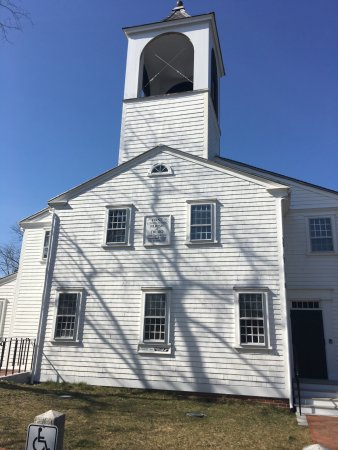 First Congregational Parish Meeting House and Snow Cemetery