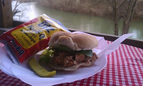 Charleston, WV: Pulled Chicken