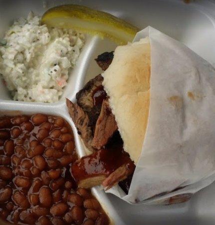 Charleston, Virginia Occidental: Brisket Sandwich Dinner