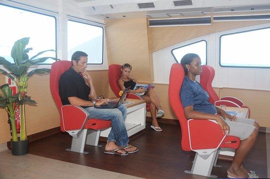 Marigot, Sint Maarten: Voyager3 Dreamliner : Business Class cabin