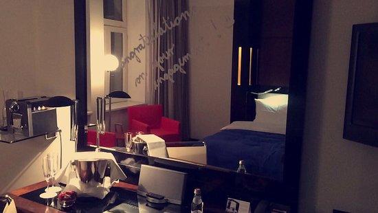 Maximilian Hotel Photo