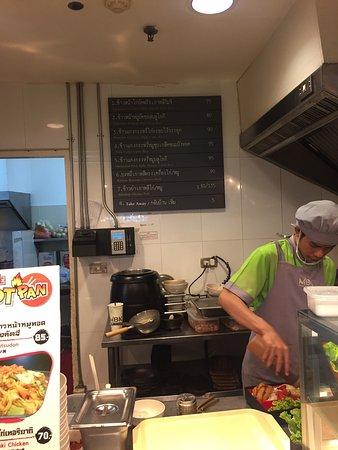 The Fifth Food Avenue, MBK: photo1.jpg